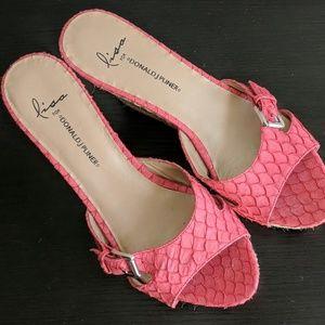 Lisa For Donald J Pliner Wedge Heel Sandals 8.5M